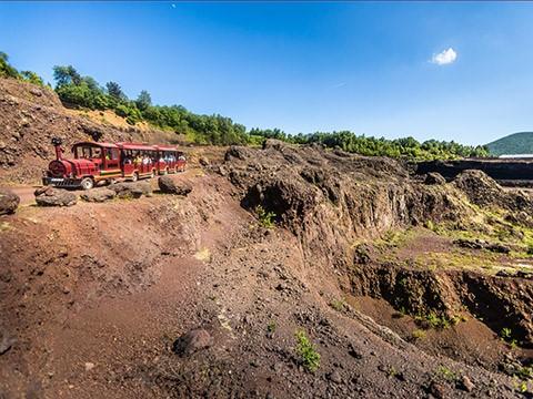 visite en train Volcan de Lemptégy